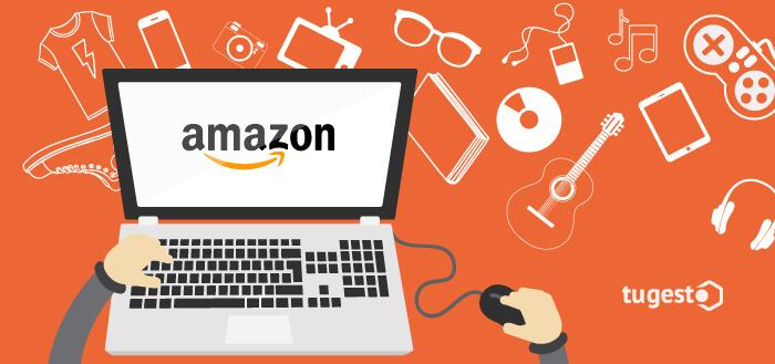 Persona comprando a través de Amazon, empresa de venta online.