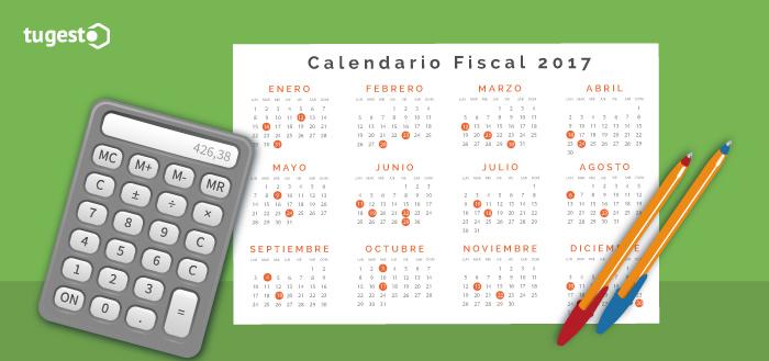 Calendario fiscal 2017, calculadora y bolígrafos