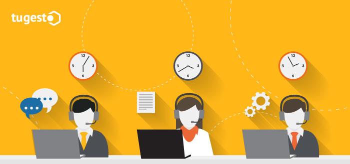 Personas trabajando en telemarketing
